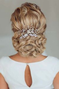 25+ best ideas about Bridal Hair Accessories on Pinterest ...
