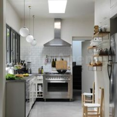 White Kitchen Wall Cabinets Contemporary Islands Hood With Tile | Subway Stops Under And ...