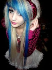 emo girl with blue and blonde hair