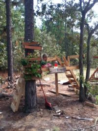 17 Best ideas about Pallet Tree Houses on Pinterest | Tree ...