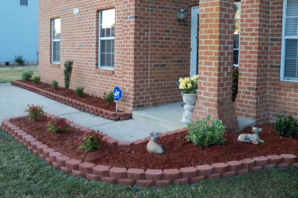 landscaping with bricks flower