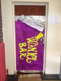 Wonka Bar Door | World Book Day 2014 | Pinterest | Doors ...