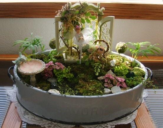 25 Best Ideas About Indoor Fairy Gardens On Pinterest Diy Fairy
