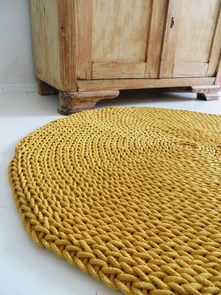 25 Best Ideas about Knit Rug on Pinterest  Crochet