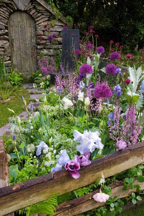 25 Best Ideas About English Gardens On Pinterest English