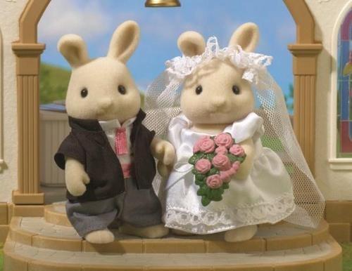 Sylvanian Families Bride And Groom Wedding Day Figures