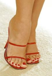 2199 red toes