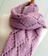 25+ best ideas about Knitting Scarves on Pinterest ...