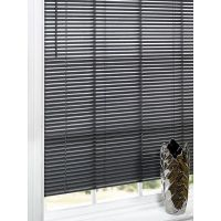 1000+ ideas about Black Blinds on Pinterest | Grey Blinds ...