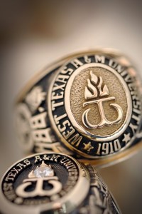 1000+ images about univ n champion ring on Pinterest ...