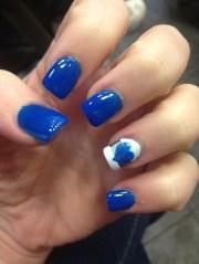 blue acrylic nails