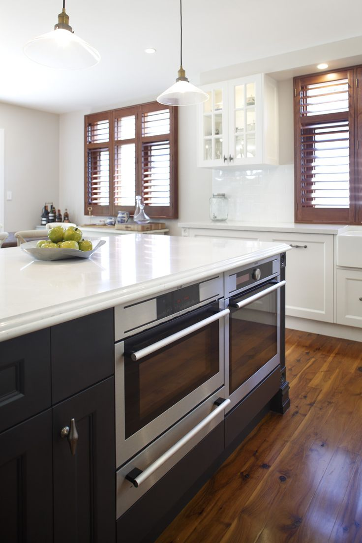 Frosty Carrina Countertop For The Island With Dark