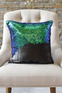 1000+ ideas about Mermaid Pillow on Pinterest