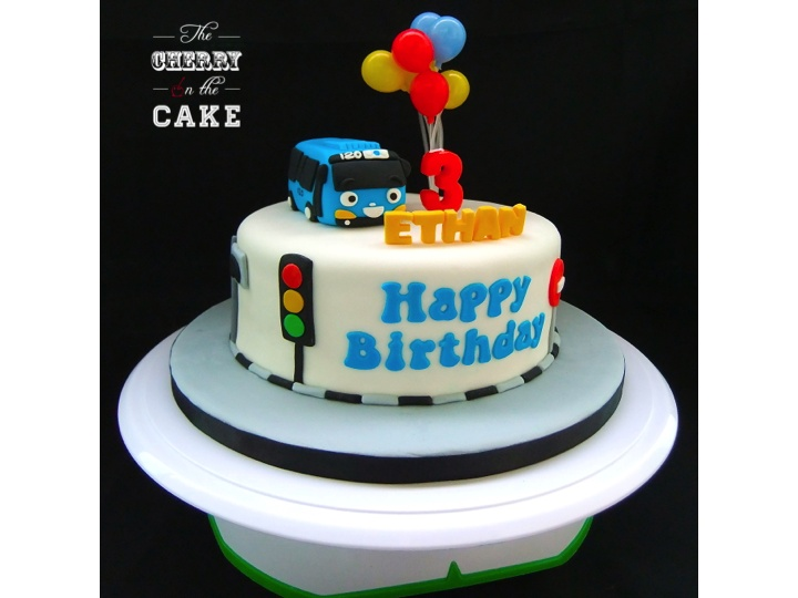 Tayo The Little Bus Cake The Cherry On The Cake