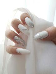 white sparkle nails ideas