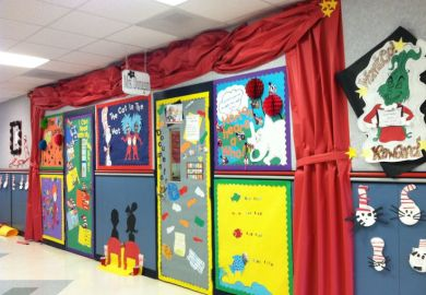 Dr Seuss Door Decorating Ideas