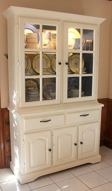 25 Best Ideas About White China Cabinets On Pinterest