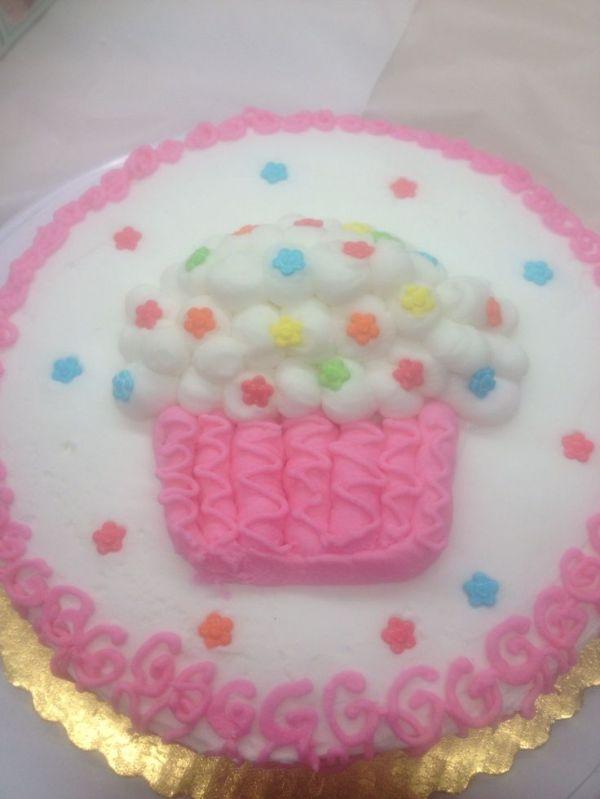 17 Best images about Wilton Cakes on Pinterest   Wilton ...