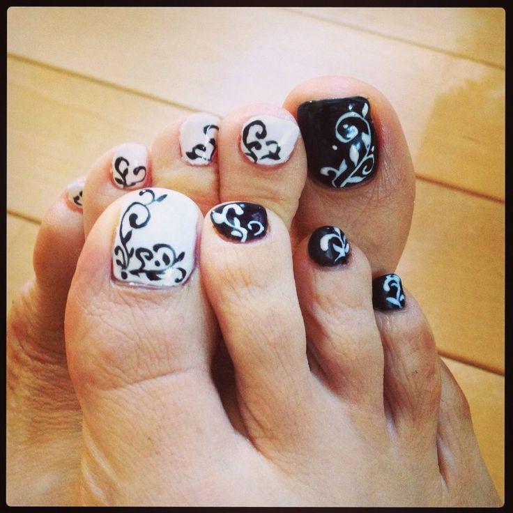 Funky Toe Nail Art