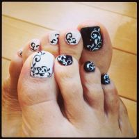 Funky Toe Nail Art-15 Cool Toe Nail Designs For Teenage ...
