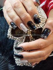 black gel polish with silver glitter