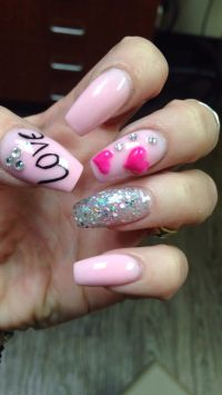 17 Best ideas about Pink Bling Nails on Pinterest ...