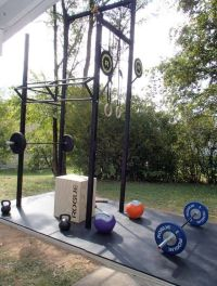 Outdoor CrossFit gym | Building a home gym | Pinterest ...