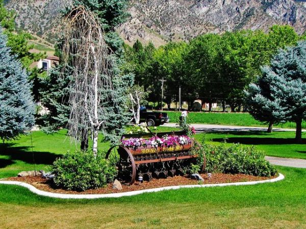 82511-42 farm equipment landscaping