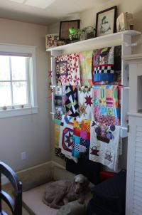 Quilt Hanger With Shelf For Walls