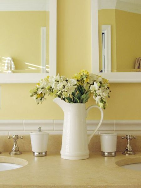 soft yellow bathroom ideas 25+ best ideas about Yellow bathrooms on Pinterest