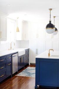 25+ Best Ideas about Blue White Kitchens on Pinterest ...