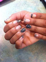 shellac nail art. polka dot