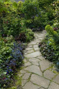 25+ best ideas about Flagstone Path on Pinterest ...
