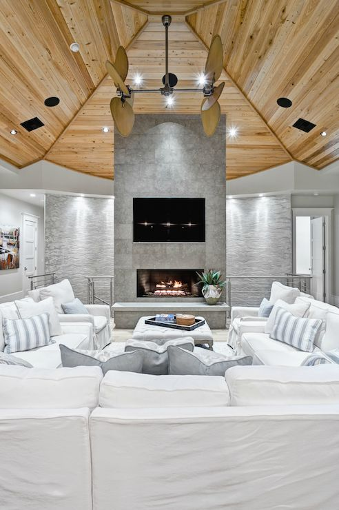 source Beach Chic Design Gorgeous living room with wood