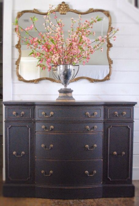 25 best ideas about Duncan Phyfe on Pinterest  Annie sloan painted furniture Wood dining room