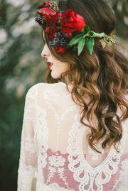 bridal hair. peppers in floral