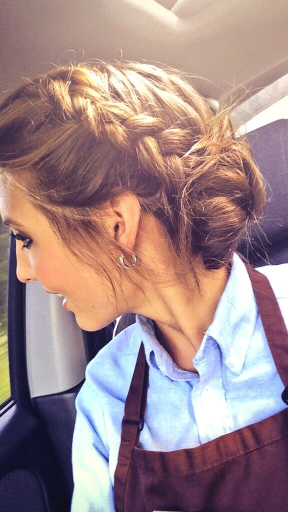 25 Best Ideas About Waitress Hair On Pinterest Waitress