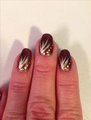 brown and gold gel nails