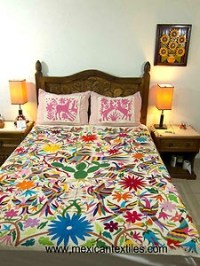 25+ best ideas about Mexican style bedrooms on Pinterest