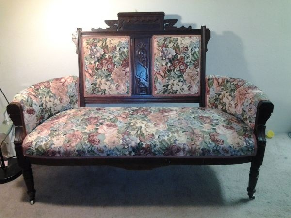 Eastlake Settee With Two Matching Chairs Victorian