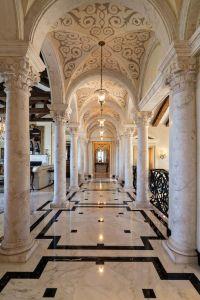 Best 25+ Mansion interior ideas on Pinterest | Mansions ...