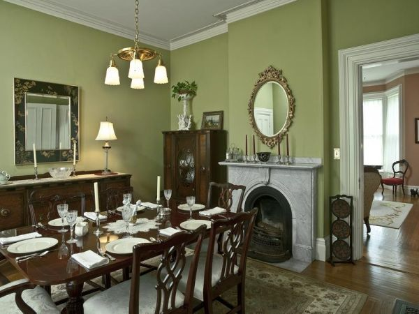 The George Lord Little House, Kennebunk, Maine – celery green dining room