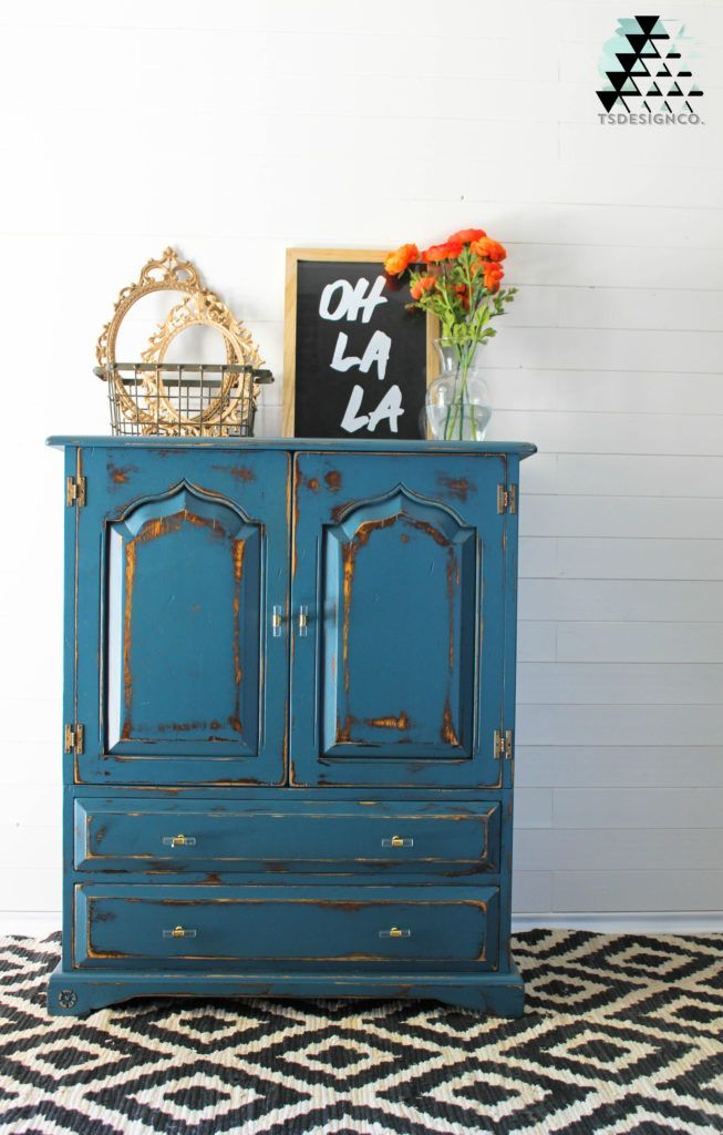 Seaside Blue from Fusion Mineral Paint Team Sutton