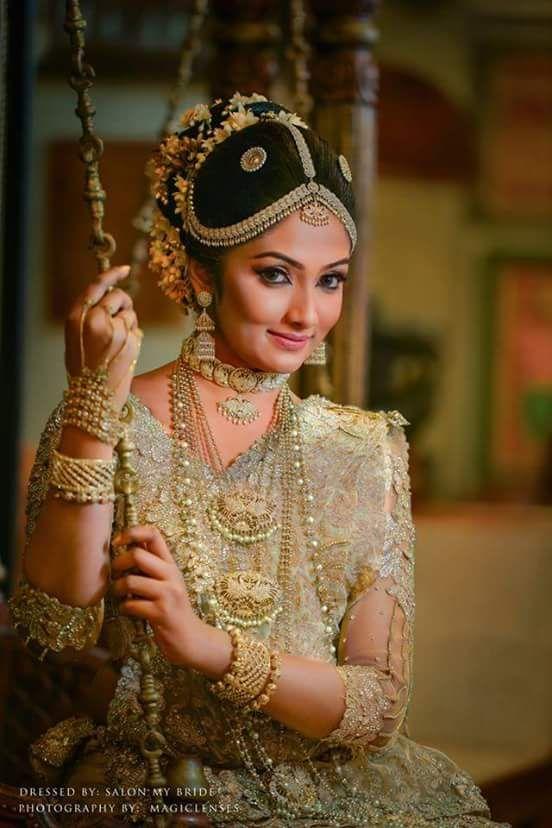 Pin By Yashodara Rathnathilaka On Kandian Brides