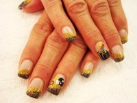 Steeler nails from the Purple Pinkie! | Pretty Yourself ...