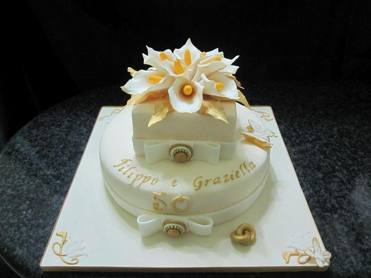 torte pasta di zucchero per nozze d oro  Cerca con Google  idee per decorare dolce nozze oro