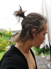 short pony tail samurai hair style