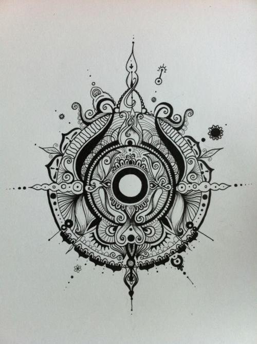 20 Henna Compass Rose Tattoos Ideas And Designs