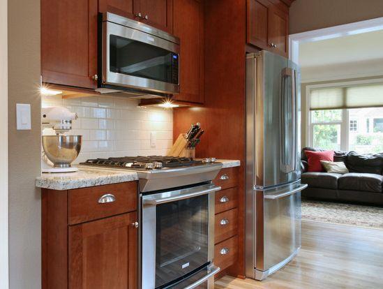 White Subway Tile Backsplash With Oak Cabinets Google