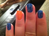 Gator Sparkly nails
